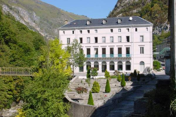 Pyrénées-Atlantiques : de la SEMOP appliquée au tourisme thermal