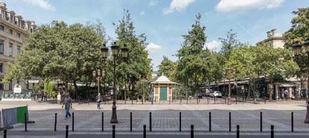 Paris_MARCHE AUX FLEURS_vue_quai_de_Corse.jpg