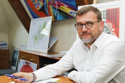 Olivier Klein bureau mairie.jpg